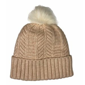 2/$20 🛍️ NWOT Love & Lore Pink Pom Hat